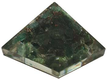 25-30mm Orgonite Green Aventurine pyramid
